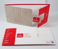 création carte de voeux avec forme de decoupe