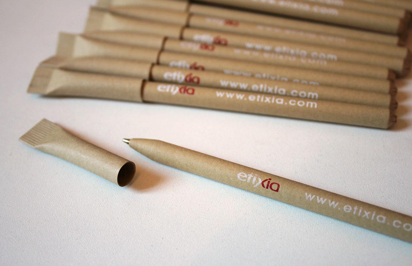 stylos publicitaires carton recyclé