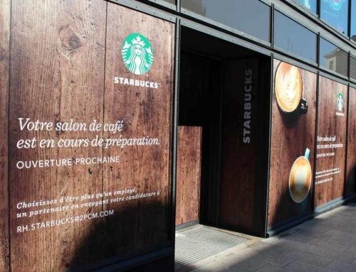 Pose adhésifs temporaires vitrine magasin Starbucks à Angers